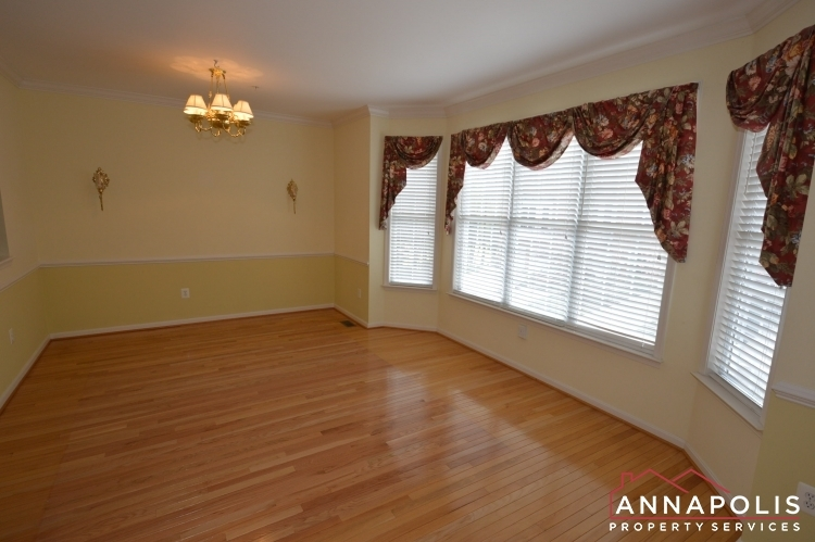 632-andrew-hill-road-id1091-front-living-c
