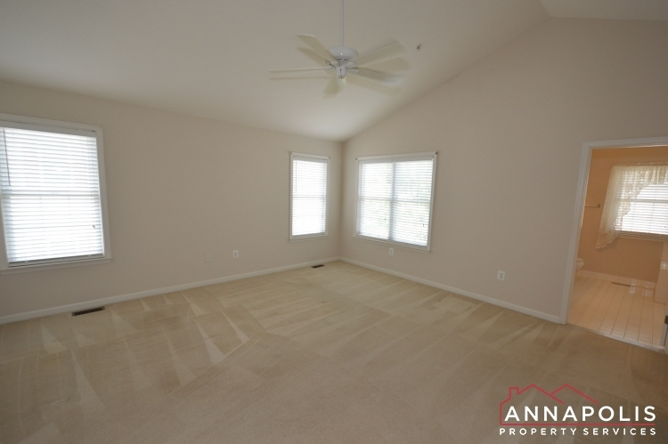 632-andrew-hill-road-id1091-master-bed-a(2)
