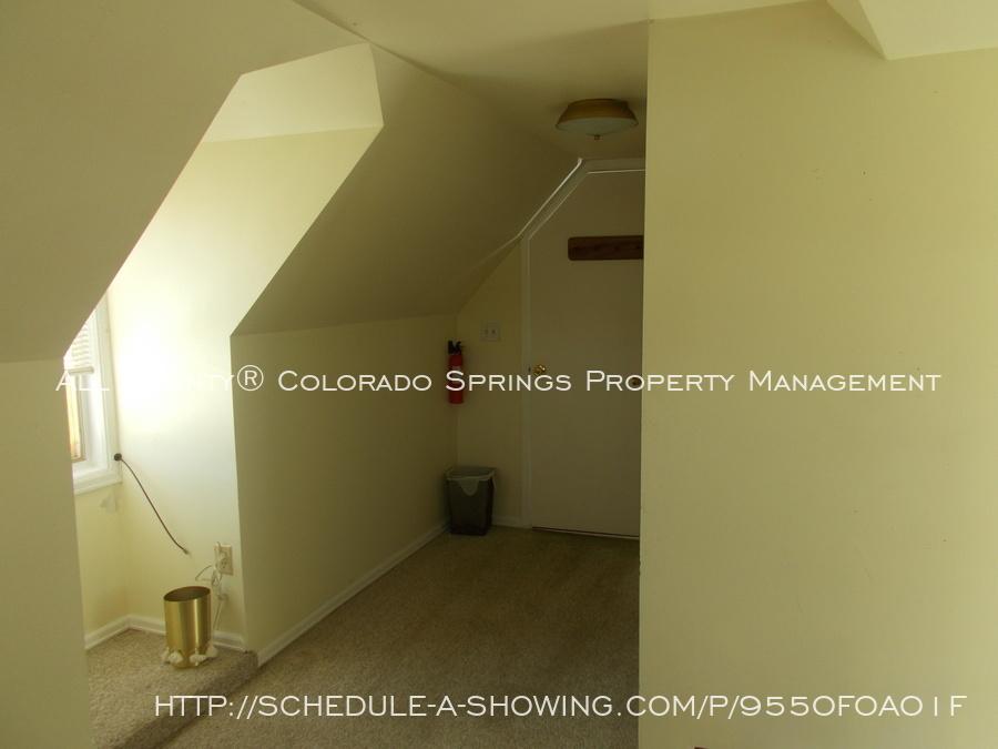 204_garage_apt_second_street_interior