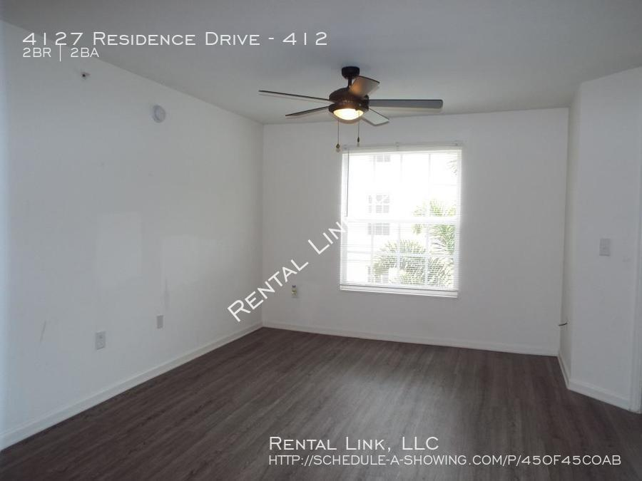 Residence-4127-412_041720_937_%285%29