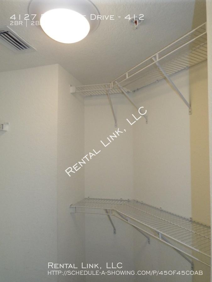 Residence-4127-412_041720_937_%2814%29