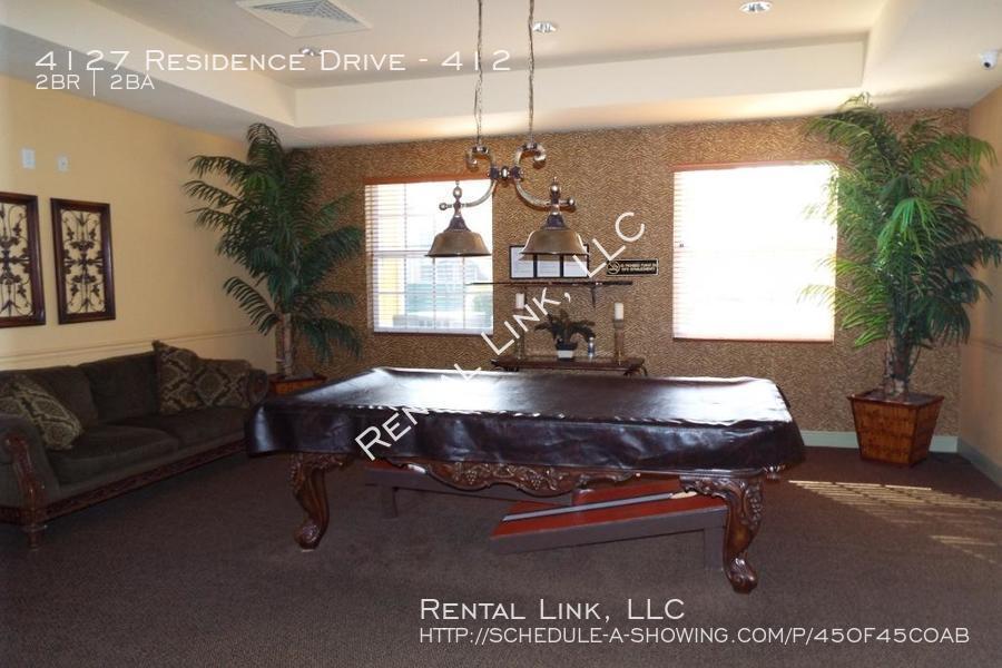 Residence-4127-412_041720_937_%2825%29