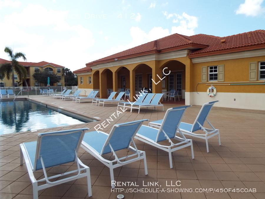 Residence-4127-412_041720_937_%2823%29