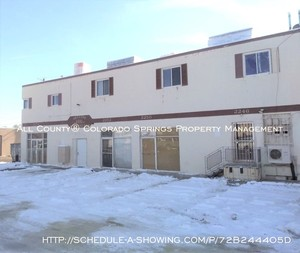 Knob_hill_studio_apartment_for_rent_near_us_olympic_training_center_and_peterson_air_force_base_afb-exterior