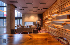 625-w-division-lobby-lounge-1