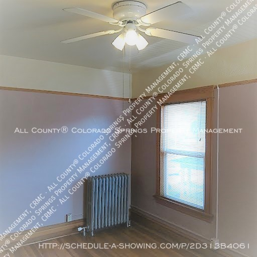 1-bedroom_apartment_for_rent_in_downtown_colorado_springs_victorian_home_near_colorado_college-bedroom3