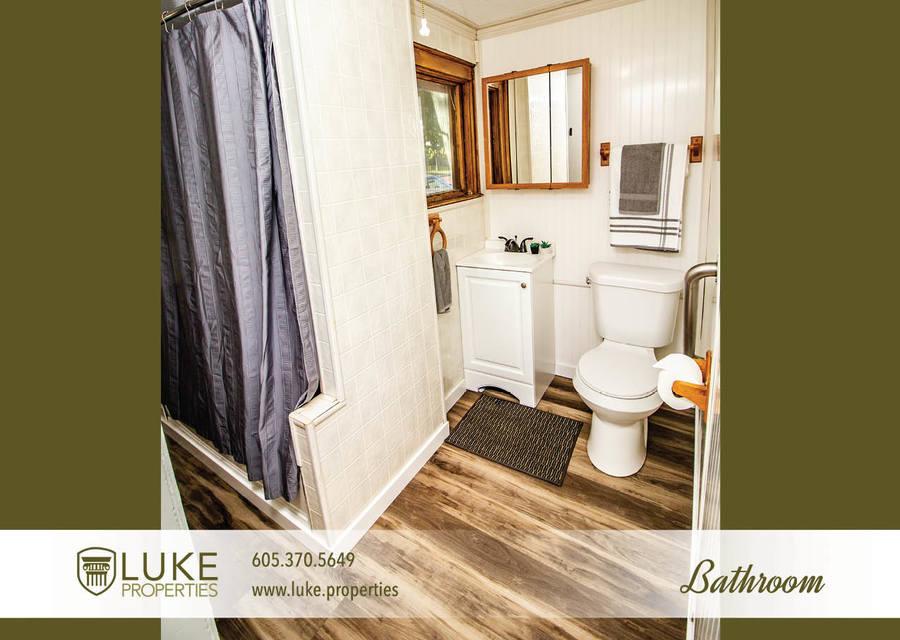 Luke properties 802 n dakota ave sioux falls sd house for rent9