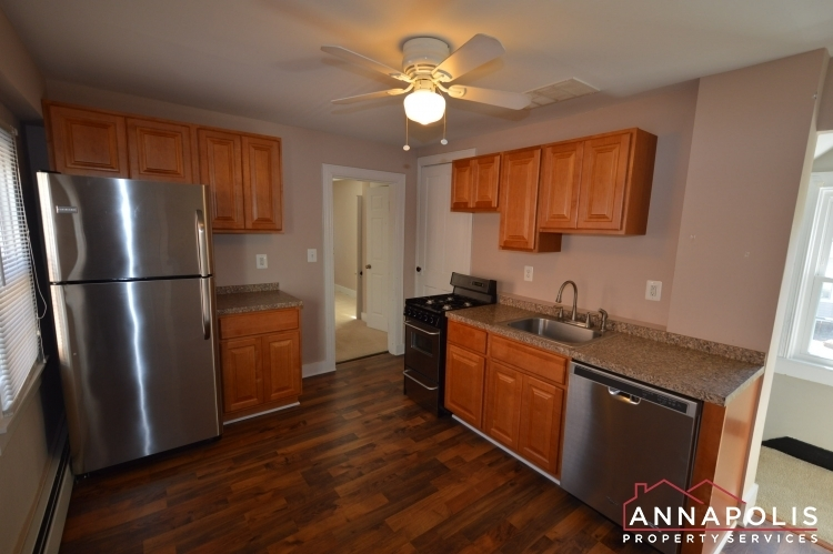 1201-west-street-b-id1094-kitchen-a(2)