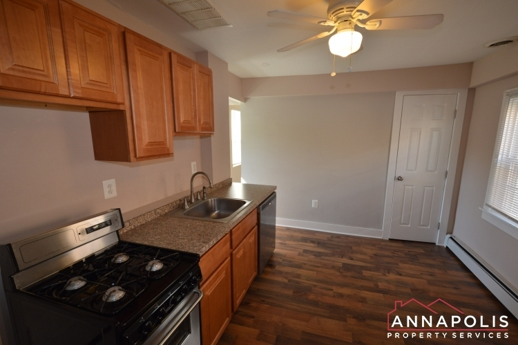 1201-west-street-b-id1094-kitchen-b(3)