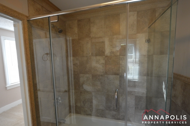 1201-west-street-b-id1094-bathroom-b