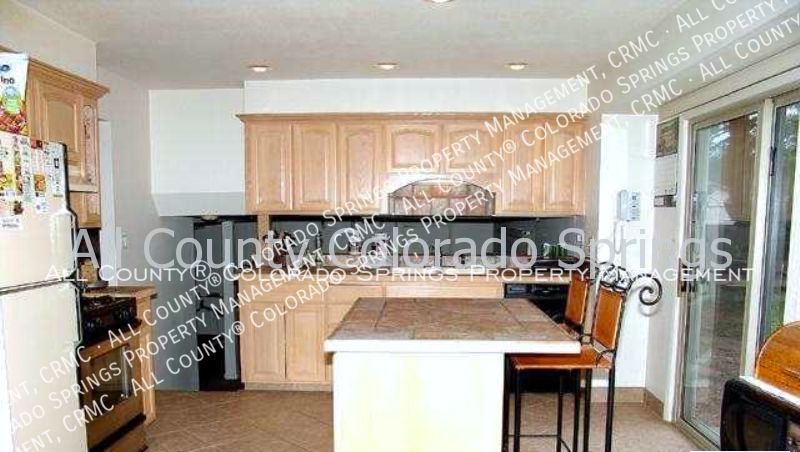 3-bedroom_east_side_home_for_rent_near_palmer_park-5