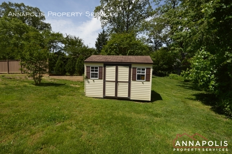 112 wardour dr id1097 shed