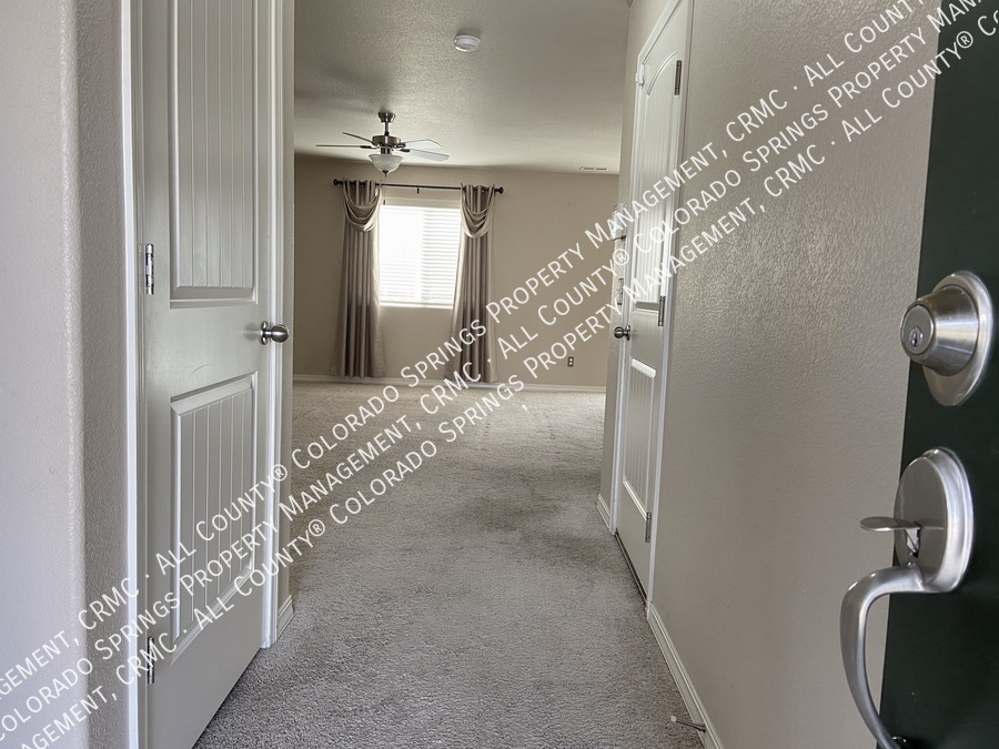3-bedroom_home_for_rent_in_security-widefield_near_ft._carson_army_base_and_big_johnson_reservoir-2