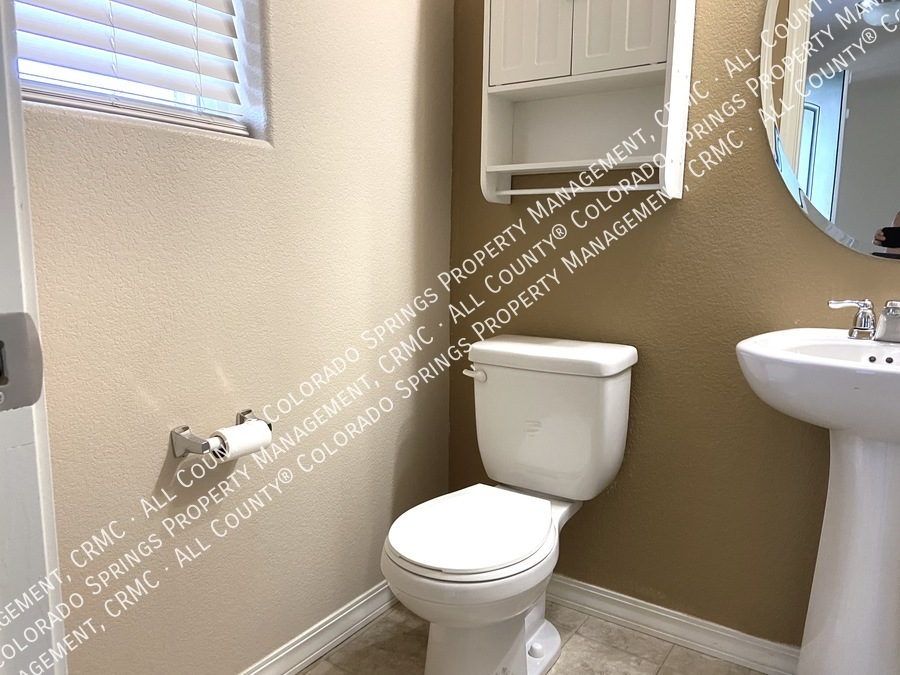 3-bedroom_home_for_rent_in_security-widefield_near_ft._carson_army_base_and_big_johnson_reservoir-3
