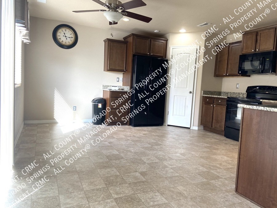 3-bedroom_home_for_rent_in_security-widefield_near_ft._carson_army_base_and_big_johnson_reservoir-6