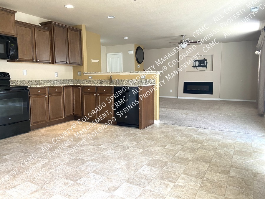3-bedroom_home_for_rent_in_security-widefield_near_ft._carson_army_base_and_big_johnson_reservoir-7