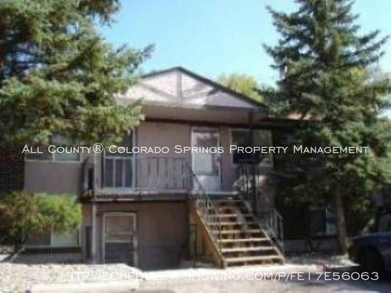 Well_maintained_2-bedroom_apartment_for_rent_on_colorado_springs_west_side_near_old_colorado_city_and_garden_of_the_gods-1