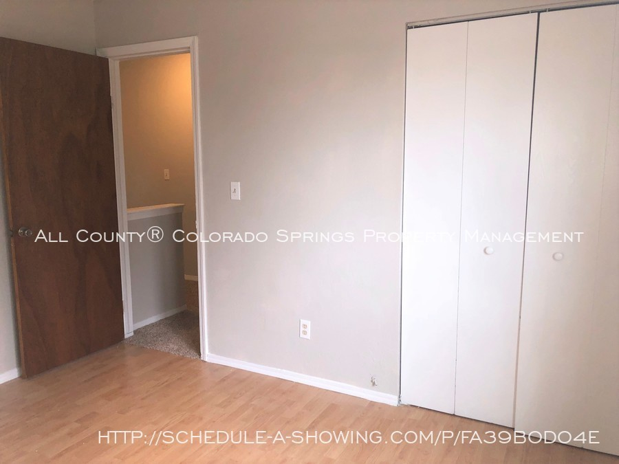 2-bedroom_fountain_apartment_for_rent_near_fort_carson_military_base_and_fountain_valley_park-bedroom3