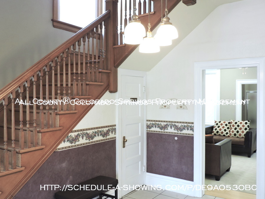 Room for rent downtown in quaint old house near colorado college cc foyer 2