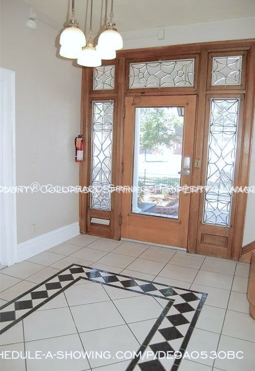 Room for rent downtown in quaint old house near colorado college cc foyer
