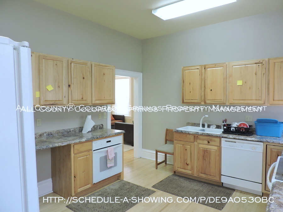 Room for rent downtown in quaint old house near colorado college cc main kitchen