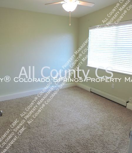2 bedroom fountain town house for rent near aga splash park and fort carson military base d