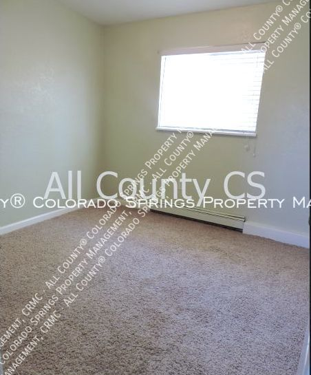 2 bedroom fountain town house for rent near aga splash park and fort carson military base c