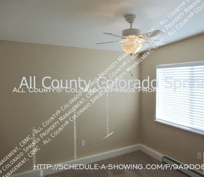 2 bedroom fountain town house for rent near aga splash park and fort carson military base 7