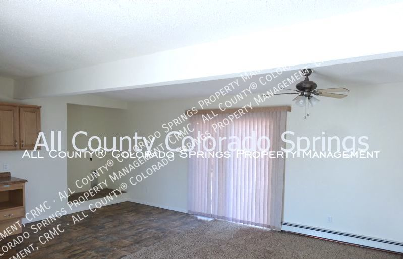 2 bedroom fountain town house for rent near aga splash park and fort carson military base 4