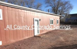 2_bedroom_fountain_town_house_for_rent_near_aga_splash_park_and_fort_carson_military_base-1