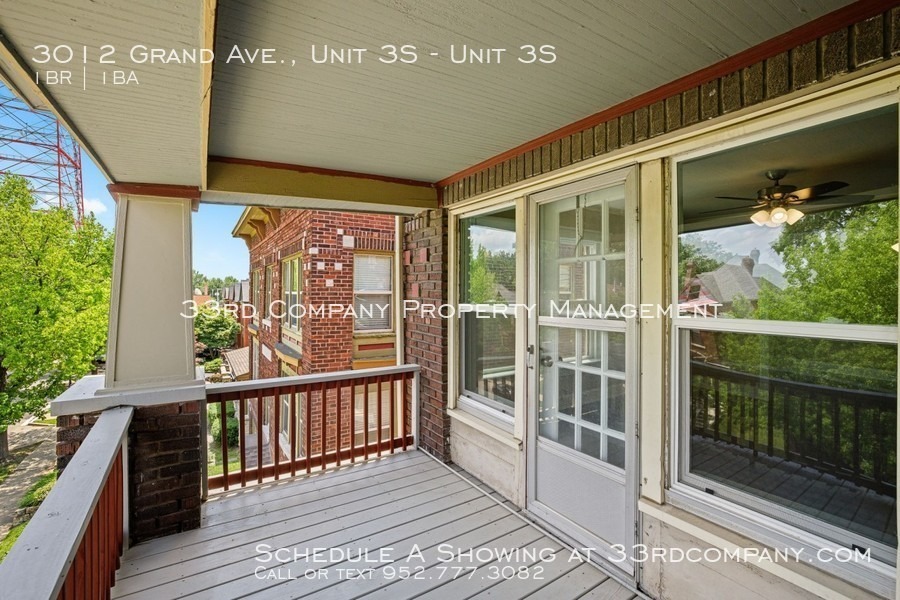 3010 grand ave   27