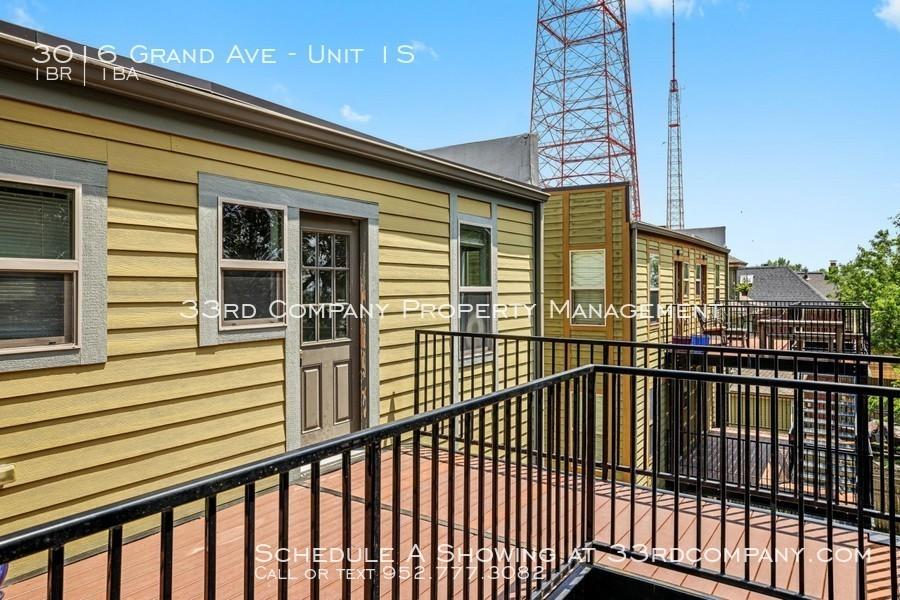3010 grand ave   28