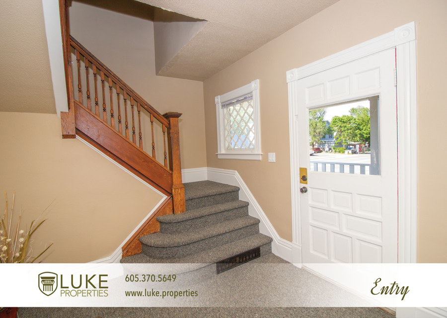 203 s summit ave luke properties home for rent sioux falls2