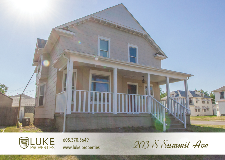 203 s summit ave luke properties home for rent sioux falls