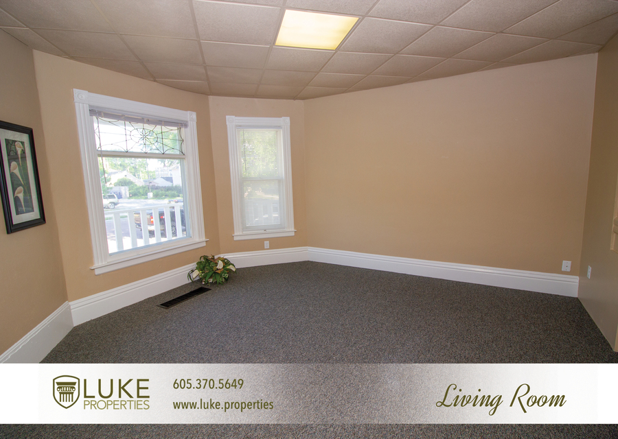 203 s summit ave luke properties home for rent sioux falls3