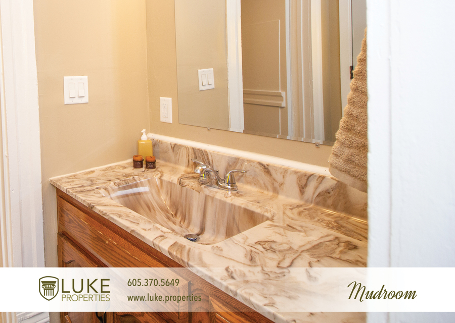 203 s summit ave luke properties home for rent sioux falls7