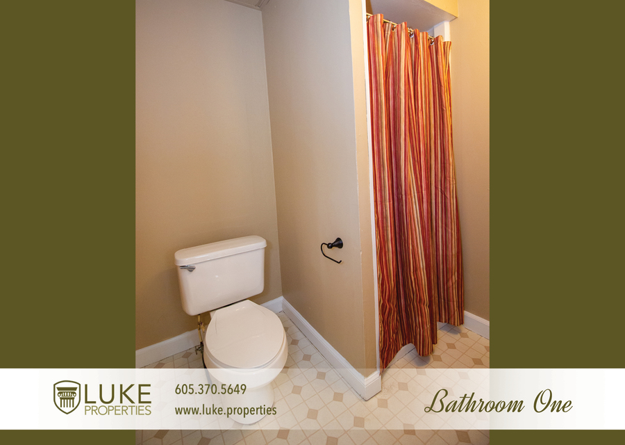 203 s summit ave luke properties home for rent sioux falls8