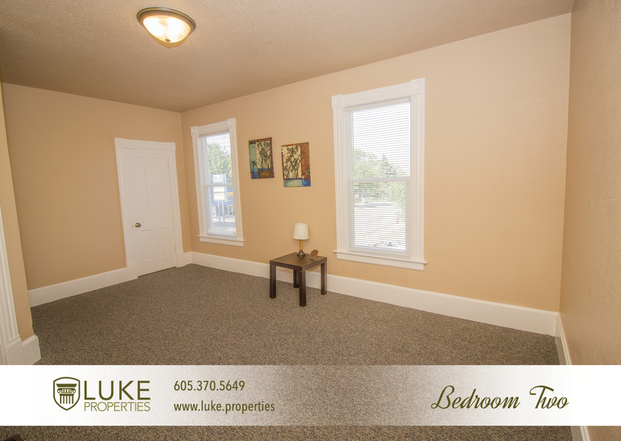 203 s summit ave luke properties home for rent sioux falls9