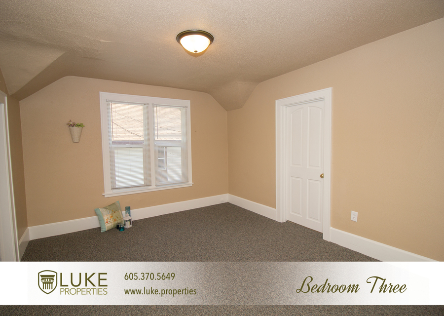 203 s summit ave luke properties home for rent sioux falls10
