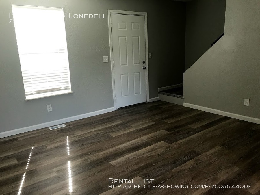 Townhouse for Rent in Arnold