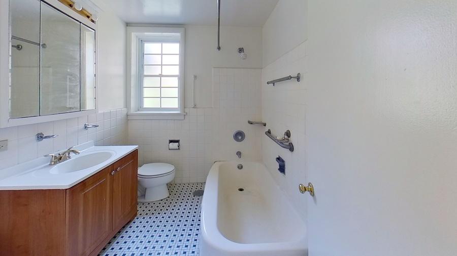 835 mulford st bathroom