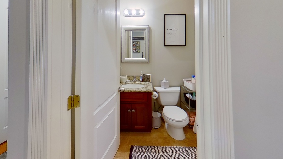 6300 n rockwell st bathroom%281%29