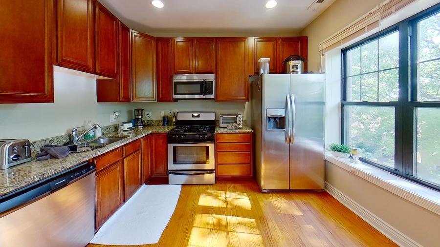 6300 n rockwell st kitchen%281%29
