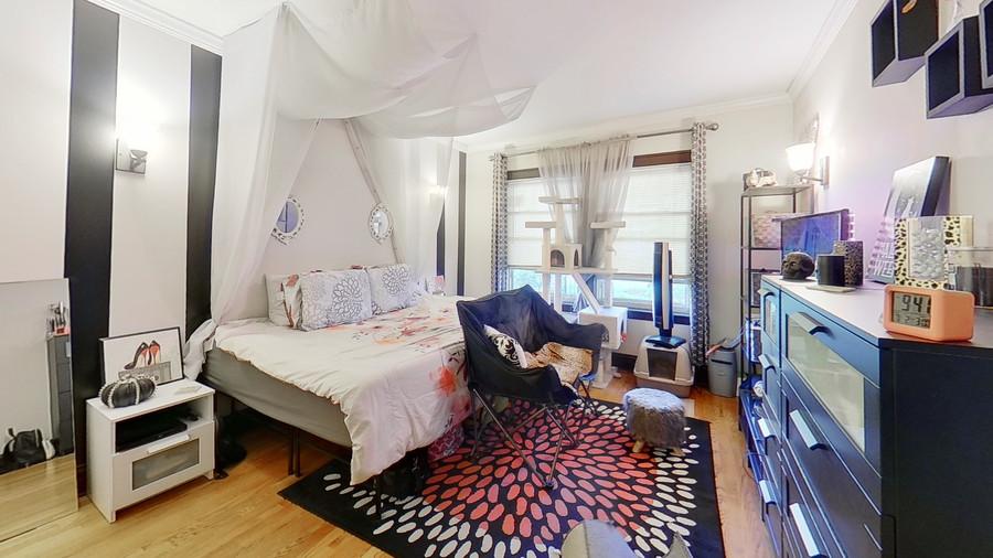 01_1931-grove-ave-bedroom_enhanced