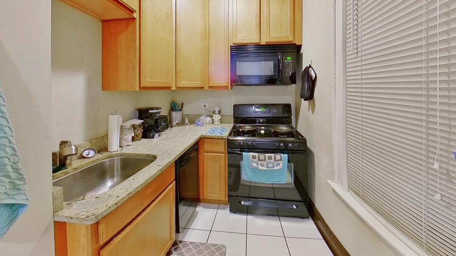 09_1931-grove-ave-kitchen(1)_enhanced