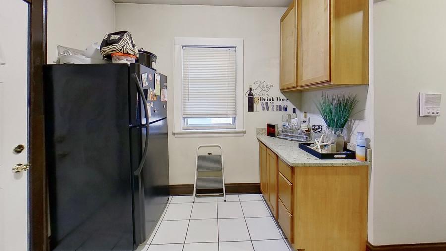 10_1931-grove-ave-kitchen_enhanced