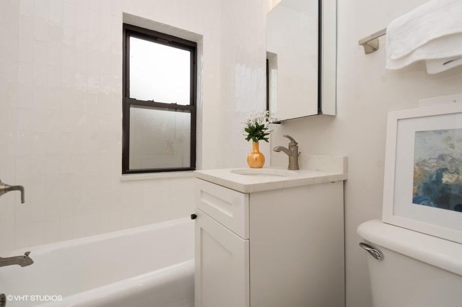 5 4236nkenmore 308 8 bathroom lowres