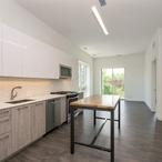 2 3941nkeelerave401 91 kitchenlivingroom lowres