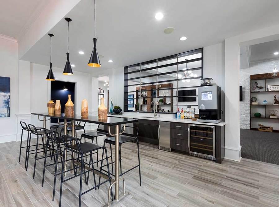 Memorialheights amenity exterior resident kitchen