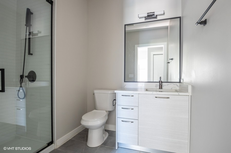 5 1550nwieland 05082bedroomtier 9 2ndbathroom lowres